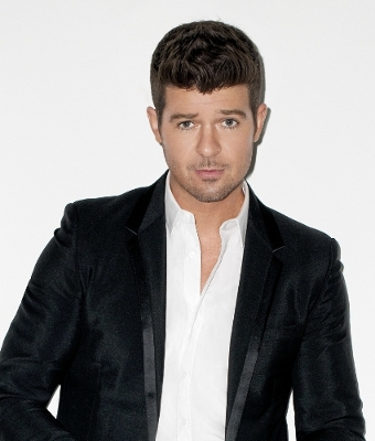 Renaissance Hotels Kicks Off Fourth Annual Global Day of Discovery to Inspire Unforgettable Evenings Around the World; Robin Thicke, set to perform at Renaissance Chicago Downtown's Block Party