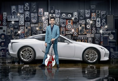 http://rockbands.net/wp-content/blogs.dir/3/files/2017/04/Lexus_Mark_Ronson_3.jpg?p=caption