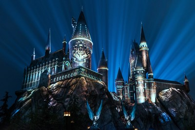 """Universal Studios Hollywood Casts a Dazzling Spell on """"The Wizarding World of Harry Potter"""" with Its All-New Summertime Enhancement, """"The Nighttime Lights at Hogwarts Castle,"""" Inviting Guests to Experience the Immersive Land in a Whole New Light, Now Open."""