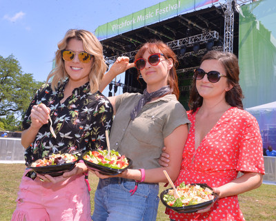Wendy's created a refreshing oasis at Pitchfork Music Festival in Chicago, offering fresh-made salads and cool festival braids at the Wendy's Re-Fresh Tent. Grace Helbig, Joselyn Hughes and Mamrie Hart were among thousands of attendees freshening up at the Wendy's station and sampling the Strawberry Mango Chicken Salad. Wendy's proved that perfect salads can exist in imperfect situations. (Photo by Daniel Boczarski)