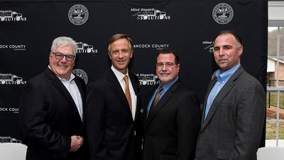 President and CEO Anthony M. Royer, Governor Bill Haslam, COO Wayne Abadie, CIO Steve Jones