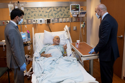 Ambassador Yousef Al Otaiba and UAE officials visit with Emirati patients receiving care at MD Anderson in Houston, Texas.